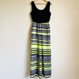 AUW dress size L
